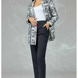 Костюмы - Костюм 578 ANGELINA & COMPANY черно-белый жакет, черные брюки Модель: 578, 0