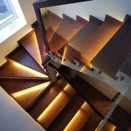 Системы Умный дом - Освещение автоматическое лестницы с забежными ступенями, Бегущий огонь, 0