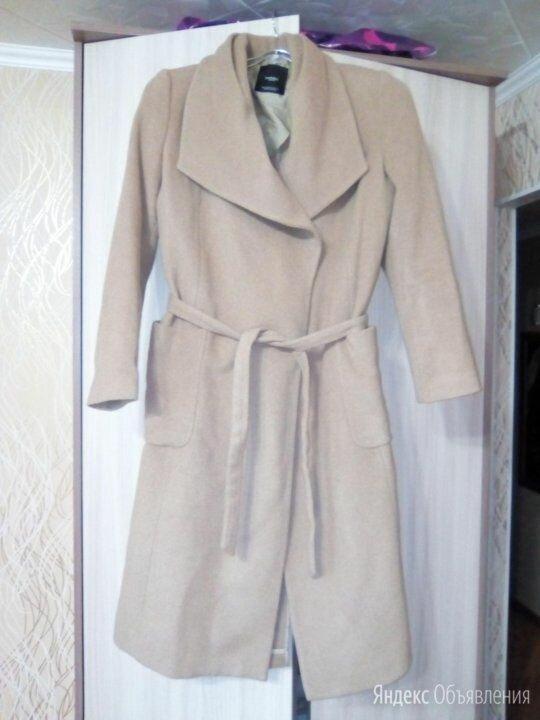 Новое пальто Mango с запахом (размер S) по цене 800₽ - Пальто, фото 0