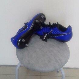 Обувь для спорта - Размер 43 Бутсы Nike с железными шипами Новые, 0