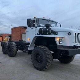 Спецтехника и навесное оборудование - Урал Седельный тягач , 0