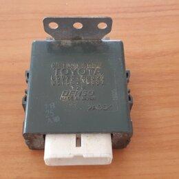 Электрика и свет - Блок управления дверями Lexus Rx350 GSU35 2GRFE, 0