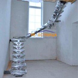 Разнорабочие - Металлокаркас лестницы на центральном косоуре типа Ассоль, 0