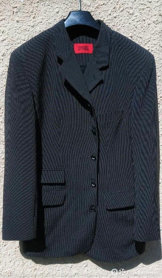 Новый удлиненный костюмный пиджак в мелкую полоску по цене 999₽ - Пиджаки, фото 0