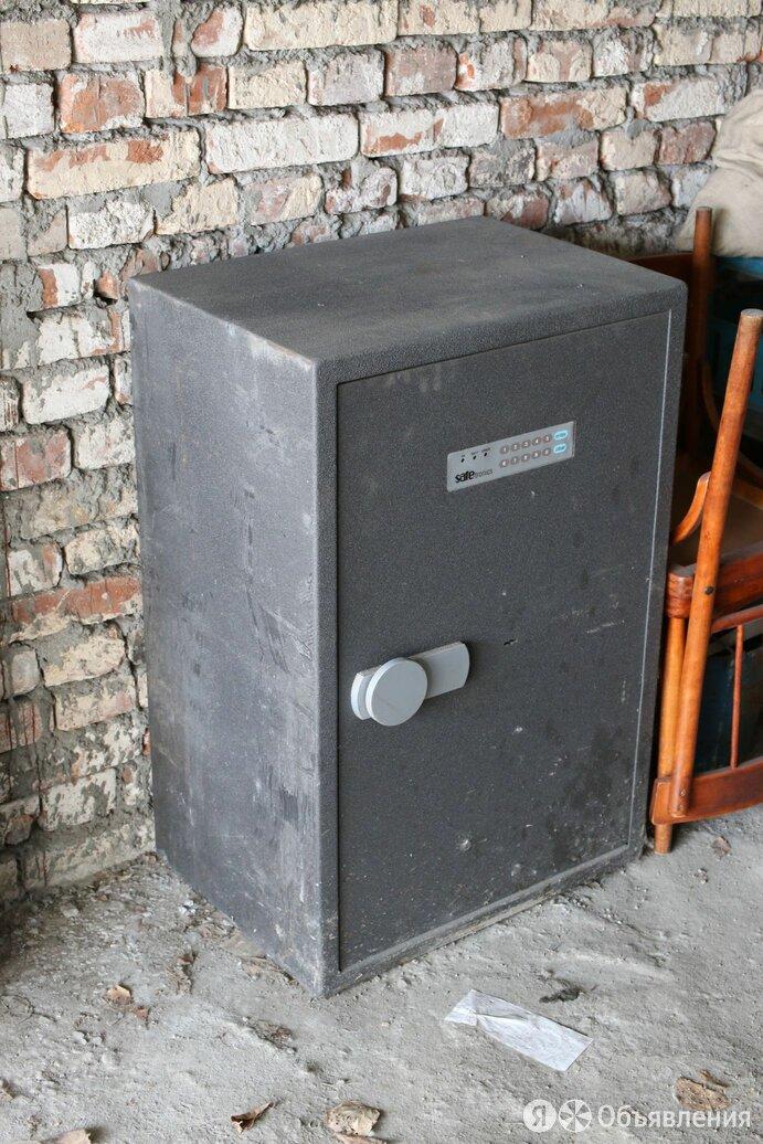 Сейф Safetronics TSS-90ME по цене 30000₽ - Сейфы, фото 0