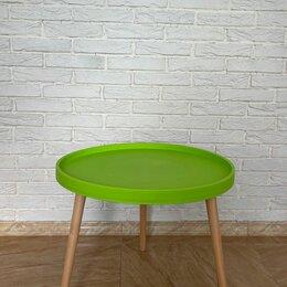 Столы и столики - Стол журнальный круглый пластик+дерево, зеленый, 0