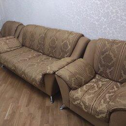 Диваны и кушетки - Холл в хорошем состоянии б/у, диван открываеться, 0