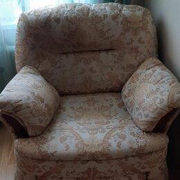 Кресла - Кресла с подъемным механизмом 2 штуки, Италия, 0