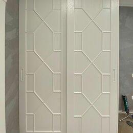 Шкафы, стенки, гарнитуры - Шкафы-купе, шкафы распашные и гардеробные, 0
