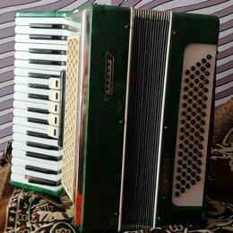 Аккордеоны, баяны, гармони - Аккордеон аккорд зелёный, 0