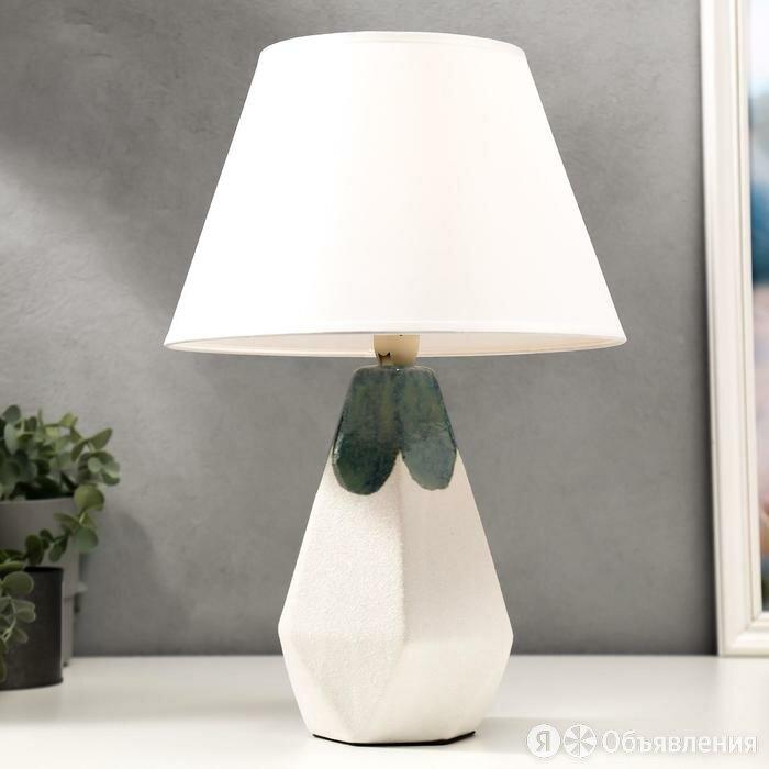Лампа настольная 16416/1 E14 40Вт белый 25х25х38 см по цене 2049₽ - Настольные лампы и светильники, фото 0