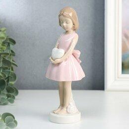 """Новогодние фигурки и сувениры - Сувенир керамика """"Девочка в розовом платье с бантом, в руках сердце"""" 18х7,3х7..., 0"""