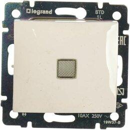 Электроустановочные изделия - Legrand 774410 Выкл. с подсв. 1 кл. Valena бел., 0