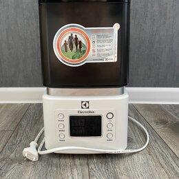 Очистители и увлажнители воздуха - увлажнитель воздуха Electrolux , 0