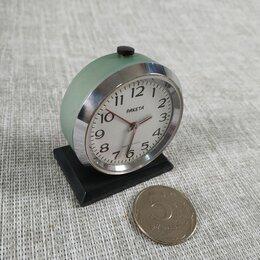Часы настольные и каминные - Миниатюрный часы будильник ракета. СССР, 0