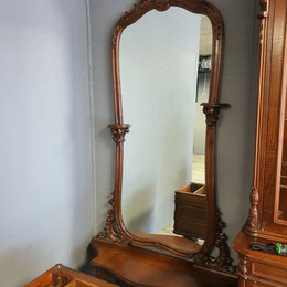 Зеркала - Старинное зеркало в интерьере, 0