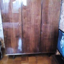 Шкафы, стенки, гарнитуры - Трехстворчатый шкаф ссср в интерьере, 0