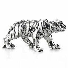 Новогодние фигурки и сувениры - Тигр путешественник. Символ года 2022. Длина 11 см. Подарочная упаковка. Италия, 0