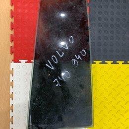 Кузовные запчасти - Стекло форточки правое для Volvo 740/760/940/960/S90, 0