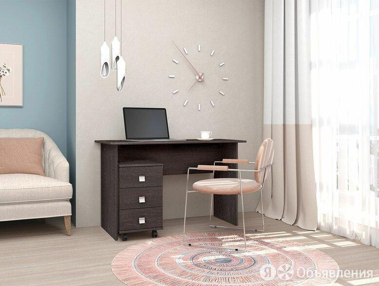 Письменный стол по цене 4700₽ - Компьютерные и письменные столы, фото 0