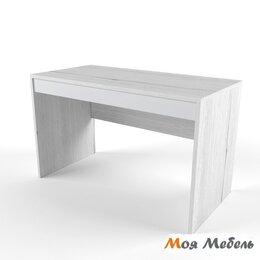 Компьютерные и письменные столы - Стол св.серый «Нью Тон», 0