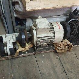 Полиграфическое оборудование - Мотор и силовой агрегат с насосом Печатной машины Adast Romayor , 0