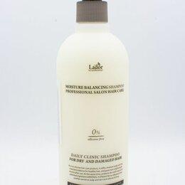 Шампуни - Увлажняющий бессиликоновый шампунь с растительными экстрактами Lador Moisture Ba, 0