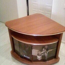 Тумбы - Тумба под телевизор угловая со стеклянными дверцами, 0