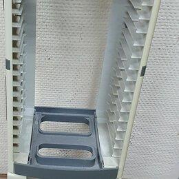 Прочие хозяйственные товары - Подставка Kensington под 36 CD и DVD диски, 0