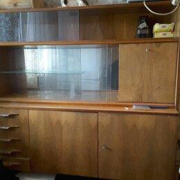 Шкафы, стенки, гарнитуры - Старинный сервант из массива дерева полированный производство Чехословакия, 0