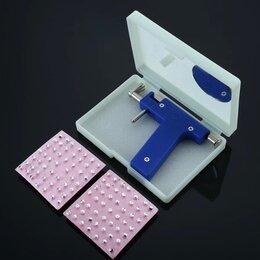Принадлежности для косметологов и массажистов - Пистолет для прокалывания ушей в комплекте  с маркером и сережками , 0