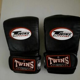 Перчатки для единоборств - Внутренняя бирка перчатки twins special 14, 0