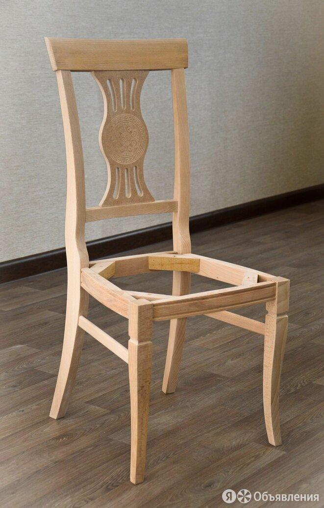 Деревянный стул со спинкой по цене 1700₽ - Стулья, табуретки, фото 0