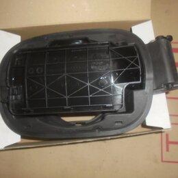 Двигатель и топливная система  - Audi A6 2004-2011 год (C6) Заливная горловина н, 0