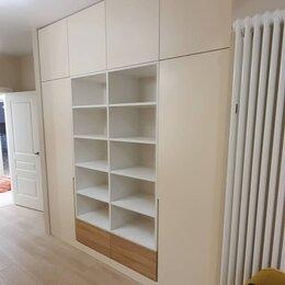Шкафы, стенки, гарнитуры - Распашной шкаф эмаль ручки интегрированные, 0