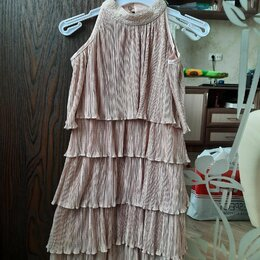 Платья и сарафаны - Платье 134р., 0
