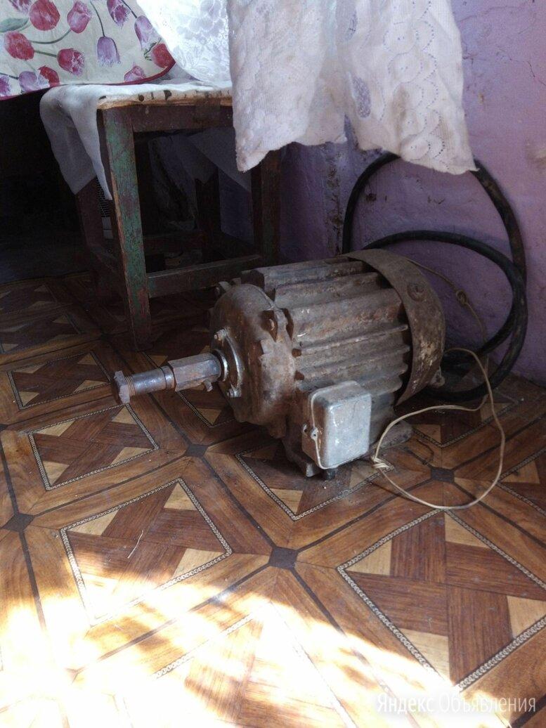Электродвигатель асинхронный трехфазный 3000 об ссср по цене 10000₽ - Электроустановочные изделия, фото 0