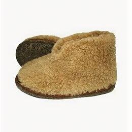 Домашняя обувь - Тапки меховые «Тефия» мужские, новые 45-46, 0