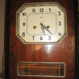 Часы настенные - Настенные часы янтарь с маятником и боем 1964 год, 0