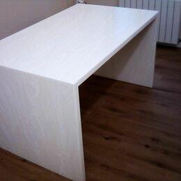 Столы и столики - Стол из искусственного камня Corian White Onyx, 0