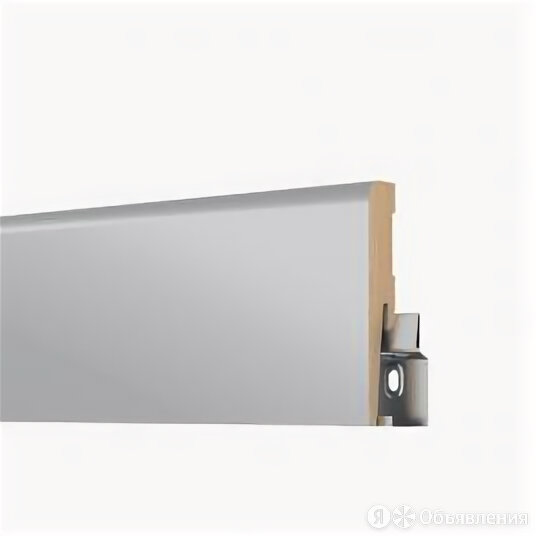 Плинтус МДФ Arbiton Cavare Декор ML0801 Серый OSLO 80 х 16 мм по цене 381₽ - Плинтусы, пороги и комплектующие, фото 0