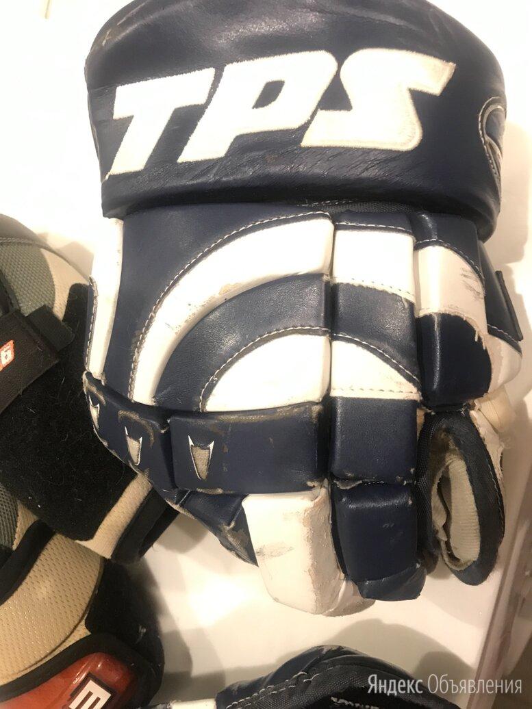 Хоккейные перчатки по цене 3000₽ - Аксессуары, фото 0