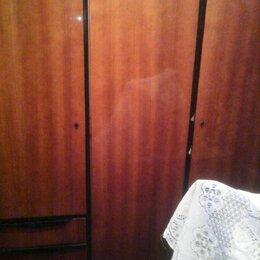 Шкафы, стенки, гарнитуры - Шкаф трехстворчатый, 0