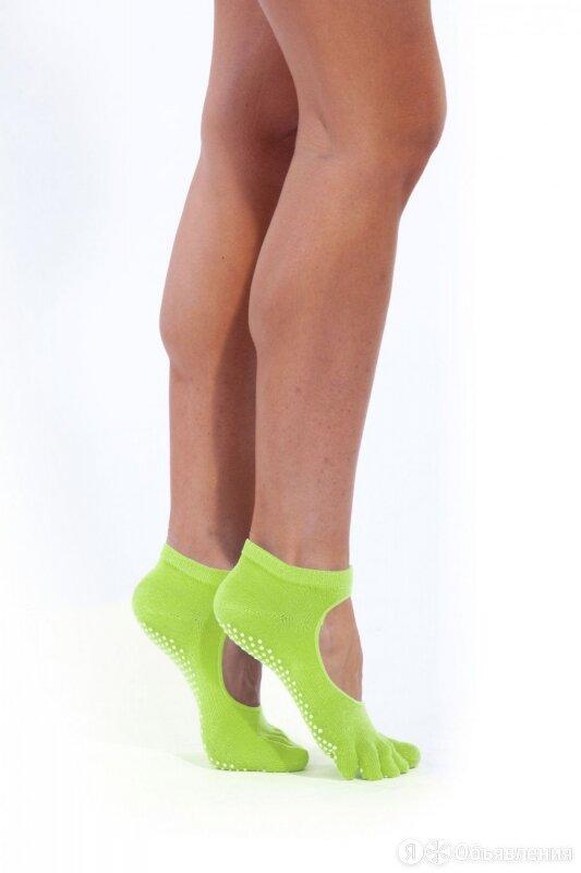 Носки противоскользящие для занятий йогой... по цене 410₽ - Настольные игры, фото 0