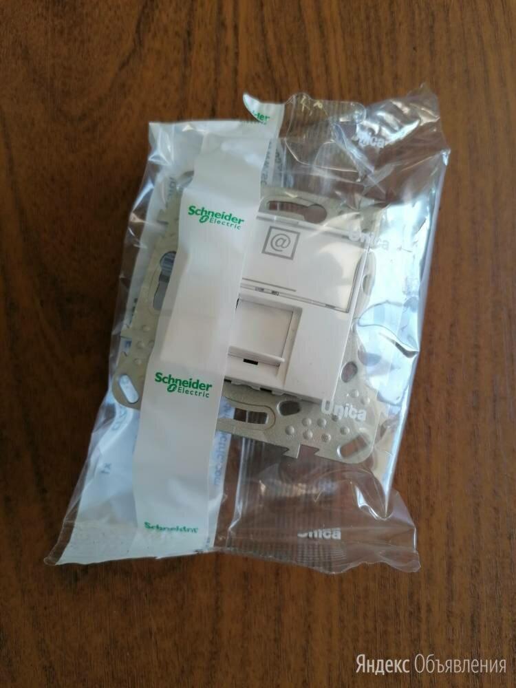 РОЗЕТКА UNICA компьютерная  кат. 6 (MGU5.425.18ZD) по цене 1590₽ - Электроустановочные изделия, фото 0