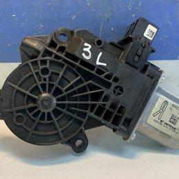 Электрооборудование - Моторчик стеклоподъёмника левый задний Volkswagen Polo 10-20  6R0959811E(6R09598, 0