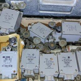 Концевые, позиционные и шарнирные выключатели - Концевой выключатель micro switch iec 60947-5-1 l324 bze6-2rn, 0