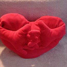 """Декоративные подушки - Подушка в форме сердца """"Обнимашка"""", 0"""