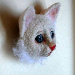 Валяние - Белый котенок. Брошь. Валяние., 0