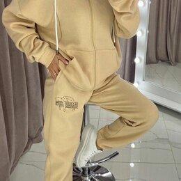 Костюмы - Женский трикотажный костюм на флисе., 0
